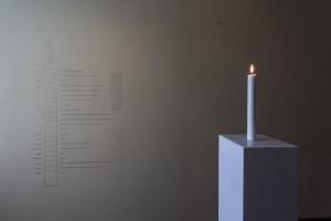 Katie Paterson, Žvakė (iš Žemės į juodąją skylę), 2015. Foto: Remio Ščerbausko